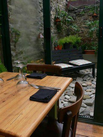 la moule au pot roscoff restaurant la moule au pot dans roscoff avec cuisine fran 231 aise restoranking fr