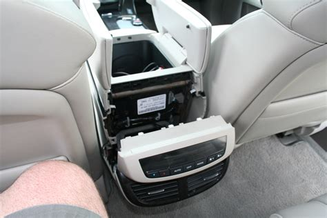 Easiest Suv To Work On by New Usa Spec Ipod Adapter For 2007 Mdx Is Out And Works