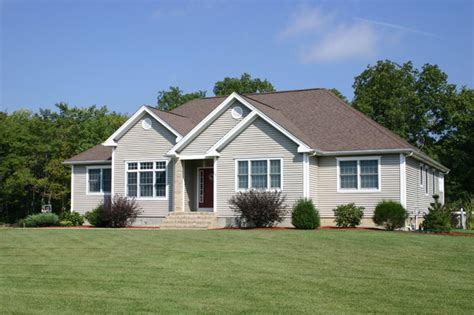 ranch style homes traditional exterior providence
