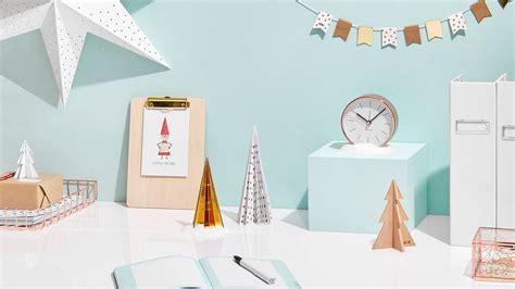 decorate your desk for christmas how to decorate your desk for christmas youtube