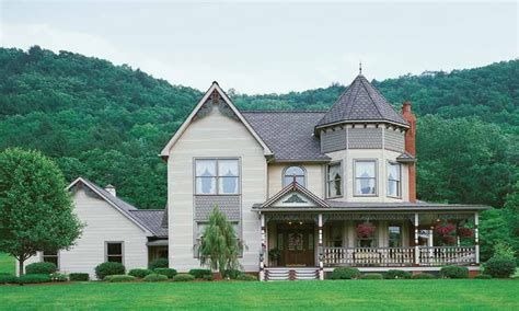 small victorian house queen anne victorian house plans classic victorian homes treesranchcom