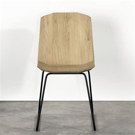 chaise en metal facette chaise universo positivo en métal et assise en