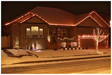 red christmas lights neighborhood envy