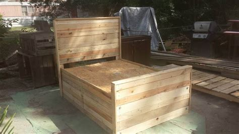 diy pallet bed king size