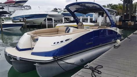 Best Pontoon Boats For 2018 by 2017 Harris 250 Crowne Pontoon Boat For Sale At Marinemax
