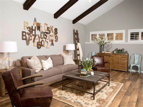 Fixer Upper Hosts Chip And Joanna Gaines Added Wooden
