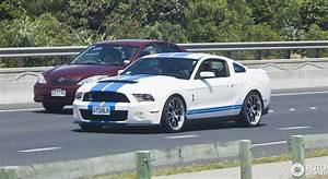 Mustang Shelby Gt 500 Prix : ford mustang shelby gt500 2011 20 november 2014 autogespot ~ Medecine-chirurgie-esthetiques.com Avis de Voitures
