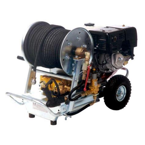 degraisser en cuisine location nettoyeur hp essence 120 bar 30 l mn nettoyage kiloutou