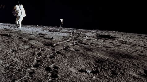 Moon Images Earth Is Sending Oxygen To The Moon Science Aaas