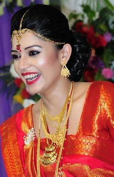 traditional bengali attire bengali women traditionally