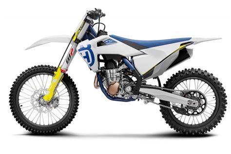 Enduro Te 250 And Husqvarna Moto Cross Fc 250 by Husqvarna Svela La Gamma Cross 2020 Foto E Dettagli