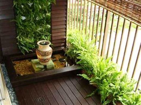 promosi decking balkoni halaman