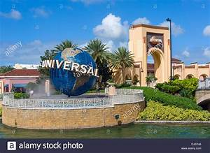 Globe at the entrance to Universal Studios attraction ...
