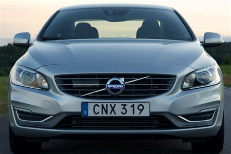 wave  chinese built volvos heading  america