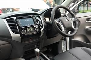 2017 Mitsubishi Triton Interior Unveiled