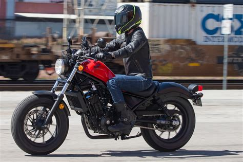 honda rebel 2017 honda rebel 500 and 300 first ride review 13 fast facts