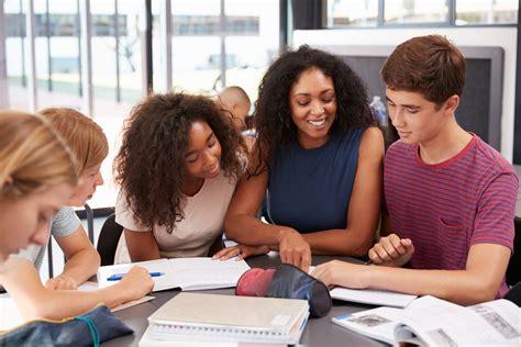 Comunicação interpessoal direcionada à Educação - InfoEscola