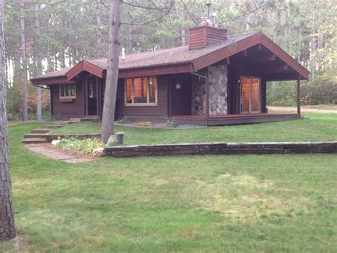 cozy secluded log home in wausau wi homeaway