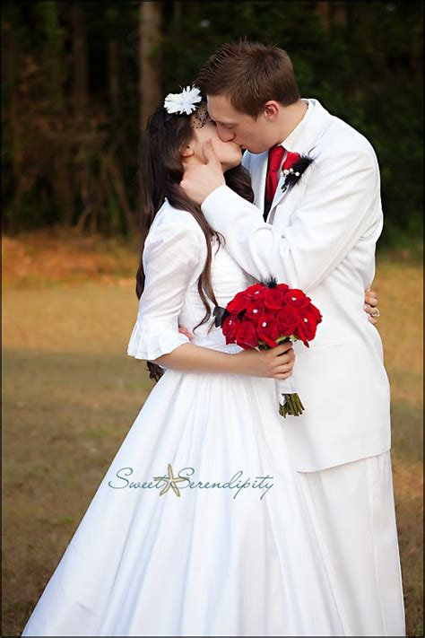 hatchbend apostolic church wedding monica  tyson branford fl wedding photographer