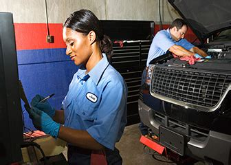 Auto Mechanic Schools Directory  Train & Earn An Auto
