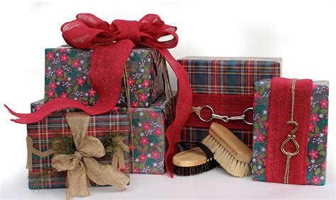 5 ways to use horse hardware to creatively wrap gifts