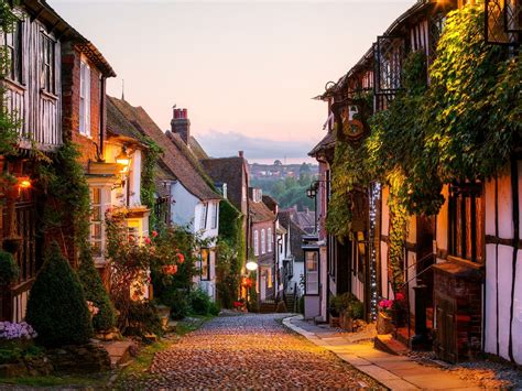 beautiful small towns   uk small towns
