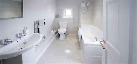 ces erreurs d hygi 232 ne que vous faites dans la salle de bain