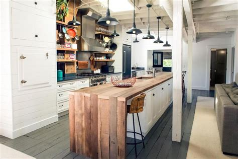 25 Reclaimed Wood Kitchen Islands (pictures)  Designing Idea