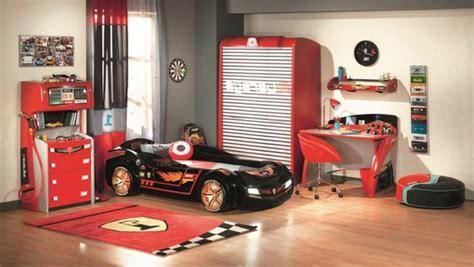 tarif chambre formule 1 le lit voiture pour la chambre de votre enfant archzine fr