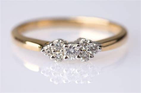 1000+ Ideas About Small Diamond Rings On Pinterest