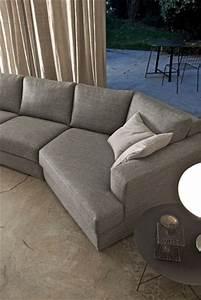du gris pour les canapes With tapis exterieur avec les plus beaux canapés en cuir