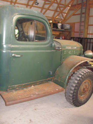find   dodge power wagon wm  flat bed
