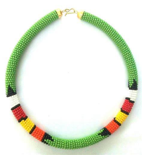 Green beaded Zulu necklace, Maasai necklace, Maasai Beaded