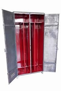 Armoire Vestiaire Metal : armoire industrielle atelier vintage mobilier ~ Edinachiropracticcenter.com Idées de Décoration