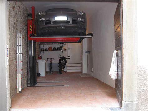 Altezza Box Auto by Elevatore Monocolonna Elevatore Per Auto Monocolonna