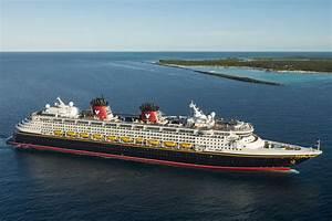 Disney Magic on the Mersey - Cruise Liverpool
