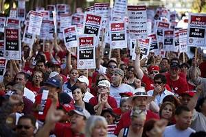 Downtown Las Vegas Prepares for Casino Worker Strike