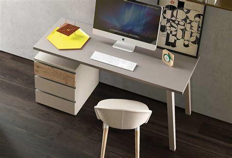 scrivania con cassetti scrivania di cm 120 con cassetti wood bridge clever