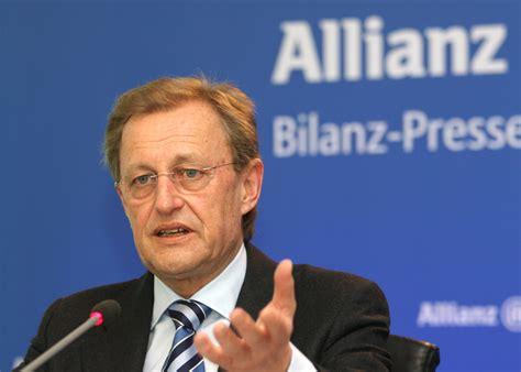 allianz si e photos from the financial press conference 2009 press