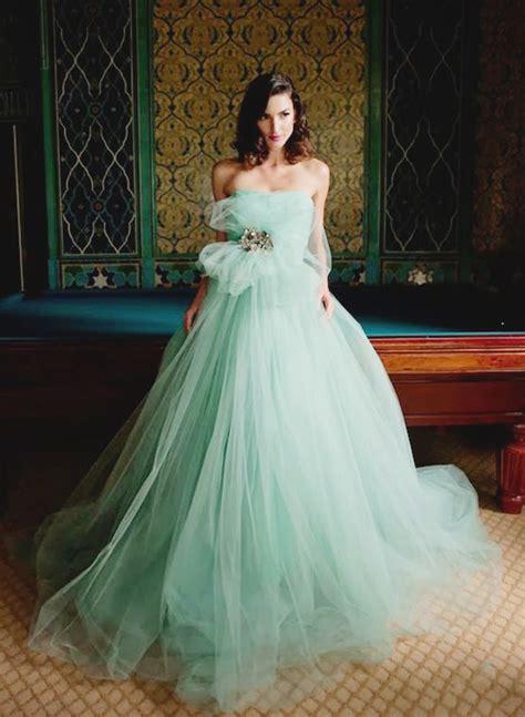 unconventional whimsical wedding dresses praise wedding