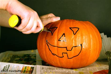 pictures to carve pumpkins pumpkin carving instructions carving designs pumpkin carving designs howstuffworks