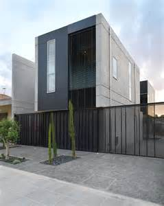 Industrial Modern Concrete Home Designs