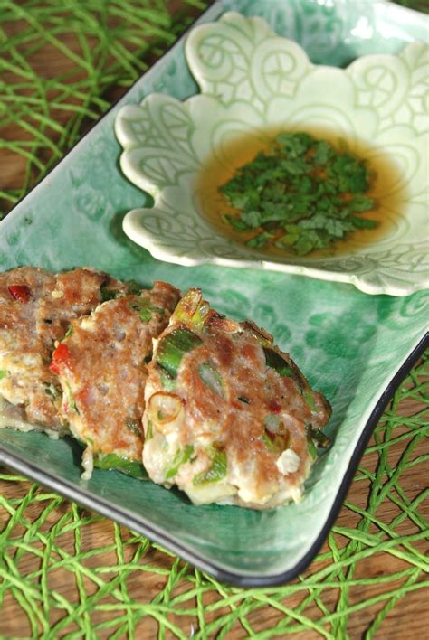 You know youre right, gordon ramsey, talks about making his dishes quite sensual. Gordon Ramsay Spiced Tuna Fishcakes / Easiest Way To Prepare Yummy Tuna Fish Cakes : Spicy tuna ...
