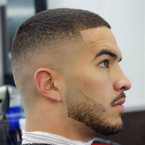 Use this video as a guide to cut. 50 Best Bald Fade Haircuts For Men (2020 Guide) in 2020 ...
