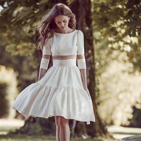 les plus belles robes de chambre robe de mariée idées et d 39 inspiration sur le mariage