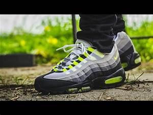 2010 Air Max 95 Neon Feet Sneaker Review