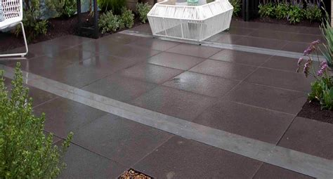 better homes and gardens paving how to create your own paved courtyard better homes and gardens