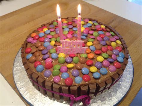 decoration anniversaire 1 an recette facile de g 226 teau d anniversaire