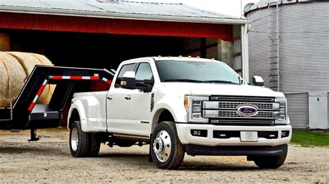 ford  dually platinum review  considered