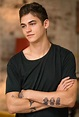 Hero Fiennes Tiffin on After and the Book's Fanbase | Collider